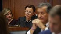 Congresista Nydia Velázquez anuncia que tiene 'presunta infección de coronavirus'