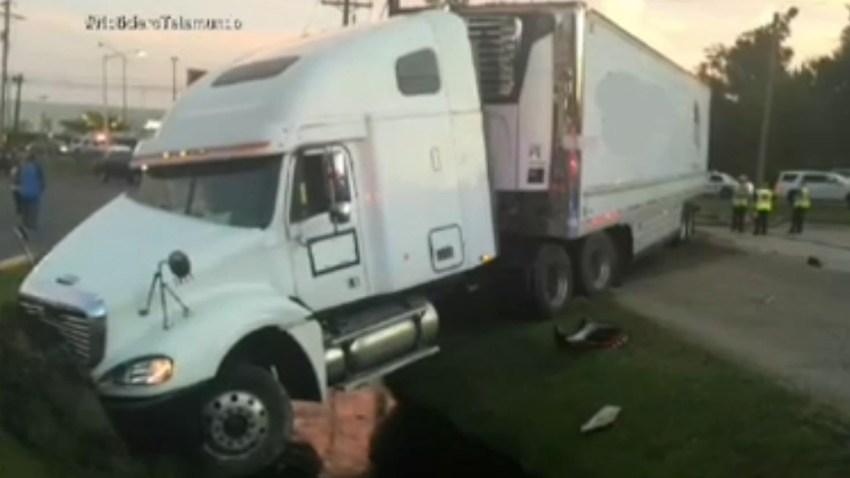 camion-atropella-motocicleta
