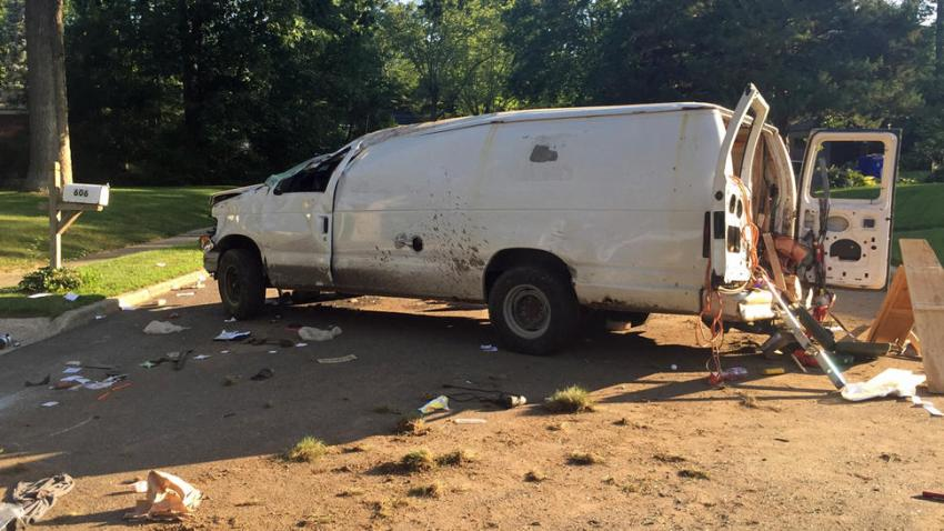 camioneta extalla 23 jul
