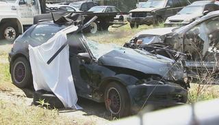 carro muertos 25 may