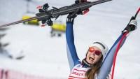 """Italiana gana por una centésima la """"Copa Mundial de esquí alpino"""""""