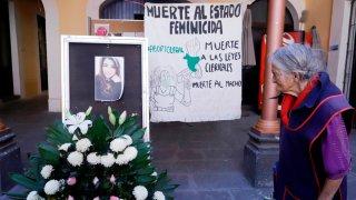 Altar para víctima de feminicidio