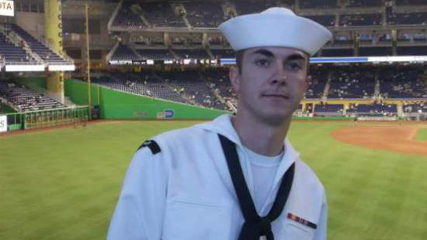 quinto-marino-muerto-chatta