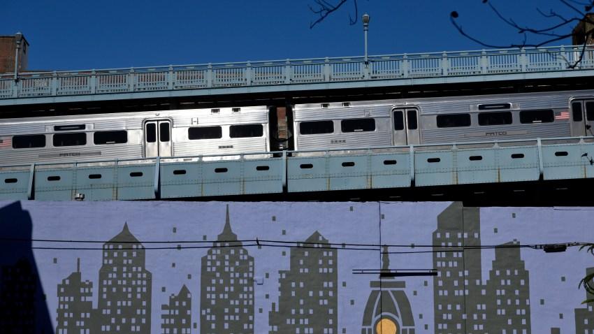PATCO train on Ben Franklin Bridge