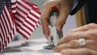 Miles de personas son admitidas a Estados Unidos cada año; aquí te explicamos el proceso.