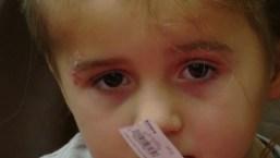 """""""Milagro"""": niña regresa de coma inducido tras disparo en la cabeza"""