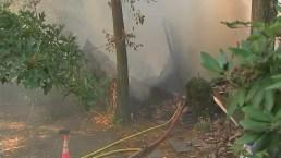Investigan explosión e incendio de casa cerca de Pittsburgh