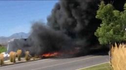 Casa inflable estalla en llamas tras insólito accidente