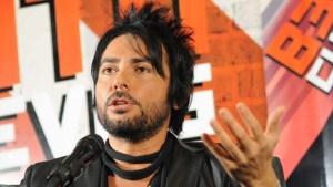 """Beto Cuevas anuncia """"separación definitiva"""" de La Ley"""
