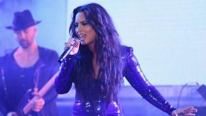 """""""No sabíamos si iba a sobrevivir"""": madre de Demi Lovato rompe el silencio"""