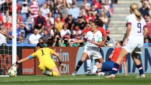 Si no es por Christiane Endler, Chile se hubiera comido nueve goles