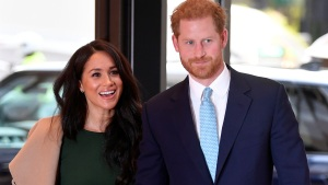 Meghan y Harry estarían pensando mudarse de Inglaterra