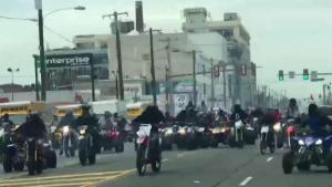 Motociclistas toman las calles ilegalmente