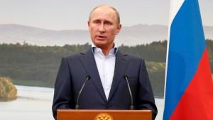 Putin condena ataque a Siria, niega uso de gas venenoso