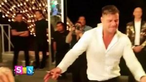 Ricky Martin se desinhibe en la boda de Eva Longoria