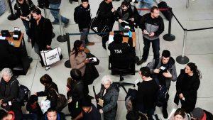 Aeropuertos colapsados por el cierre parcial de gobierno