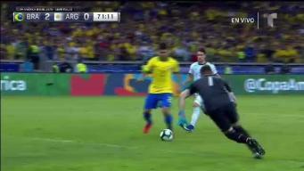 Brasil pone el 2-0 con contragolpe trepidante