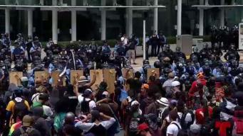 Varios enfrentamientos entre manifestantes y policías