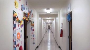 AP: cierra centro de detención por falta de inmigrantes