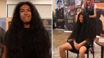 Se corta el pelo después de 15 años: mira el cambio