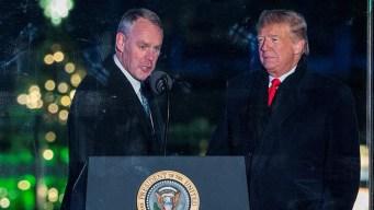 Trump anuncia otra salida para fin de año