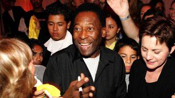 Pelé cumple 78 años; así se le rindió homenaje al rey