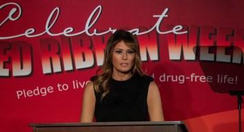 Primera Dama pide frenar el uso de cigarrillos electrónicos