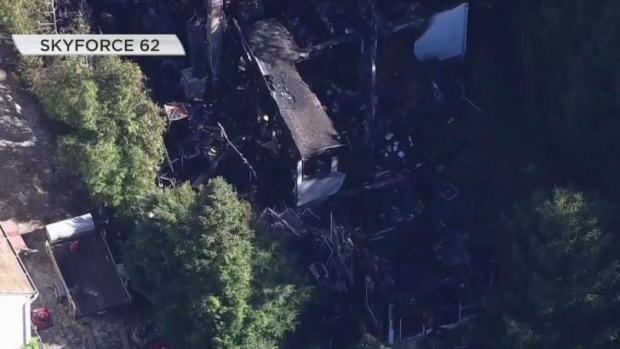 [TLMD - PHI] Dos muertos y un herido en incendio residencial