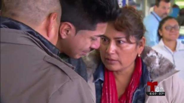 [TLMD - PHI] Familia Mexicana cae victima a la deportación