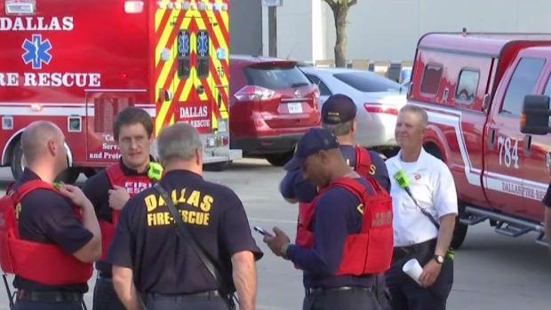 [TLMD - Dallas] Policías heridos durante tiroteo en Dallas luchan por sus vidas