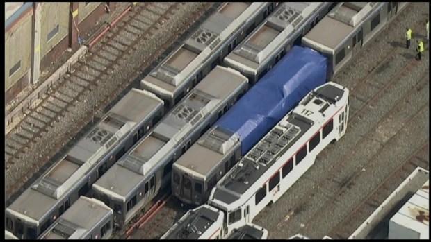 [TLMD - PHI] Choque de trenes deja múltiples heridos
