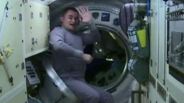 A 250 millas de altura: el increíble adiós en el espacio