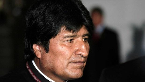 [TLMD - NATL] Evo Morales renuncia a la presidencia de Bolivia