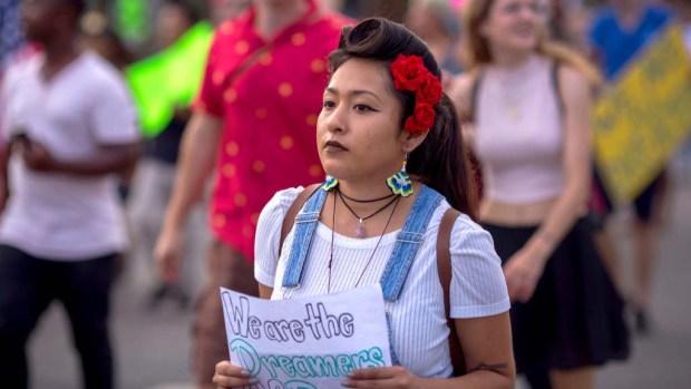 """Qué dice el gobierno sobre """"comenzar a deportar dreamers"""""""