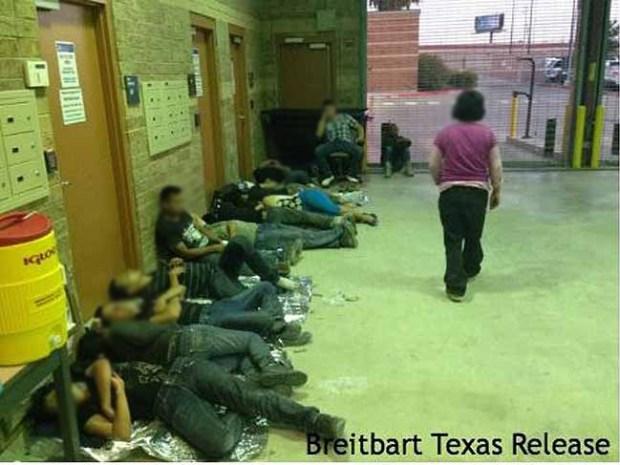 Alarmantes imágenes de centros de ICE