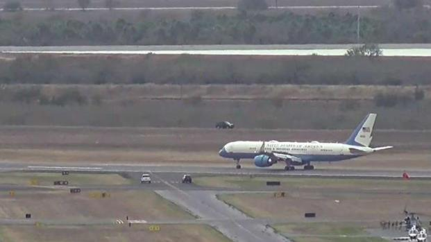 [TLMD - McAllen] Aterrizaje de avión presidencial en McAllen