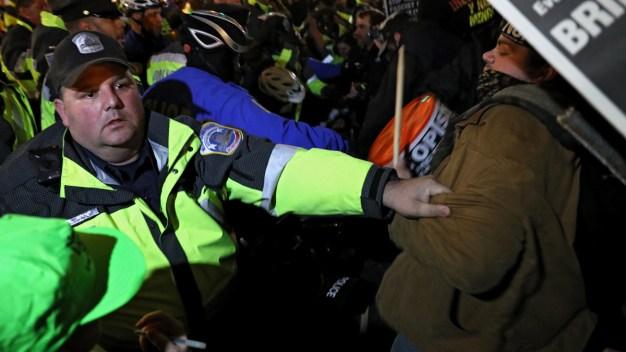 Caóticas protestas en Washington contra Donald Trump