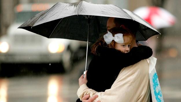 Frío y lluvia podrían impactar las actividades