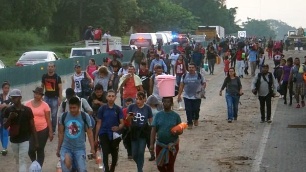 Disuelven caravana de migrantes en México
