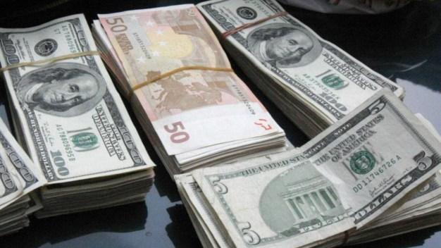 Remesas aumentan ante incertidumbre financiera
