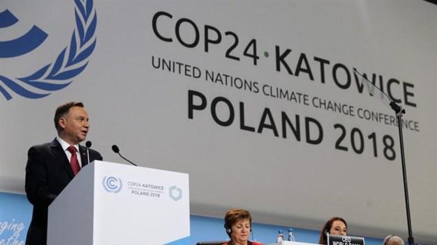 """Aprueban """"libro de reglas"""" contra el calentamiento global"""