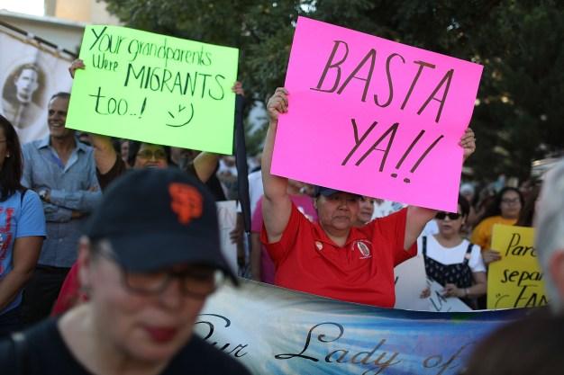 Toman la calle en contra de políticas migratorias