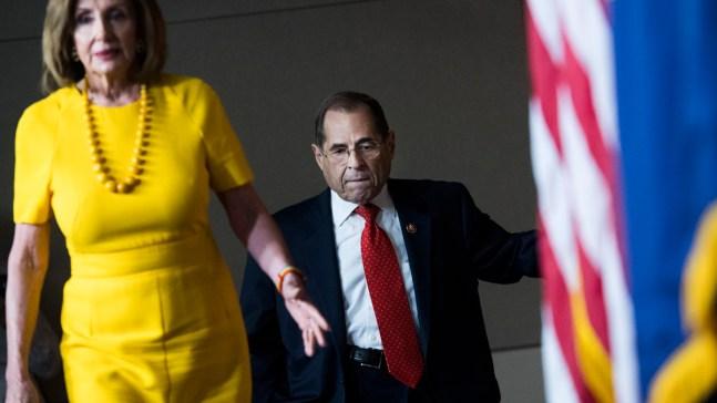 Demócratas amplían poderes para investigar a Trump