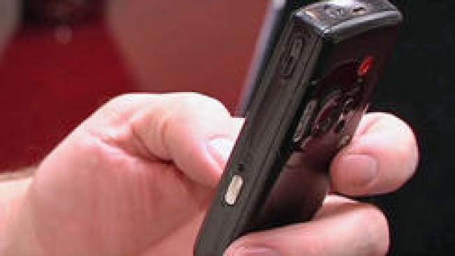 Sujeto escribe nota de disculpa tras robar celular