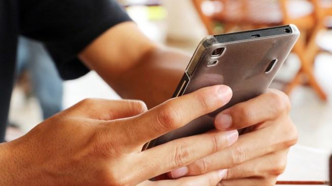 CNBC: cómo ahorrar en tu cuenta de celular y supermercado