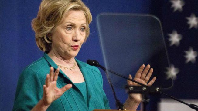 """Hillary Clinton admite """"error"""" en uso de email"""