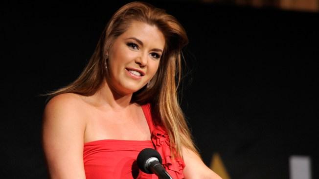 Alicia Machado: Venezuela no debe pensar en certámenes