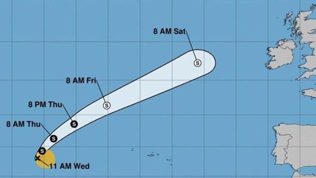 Ernesto se convierte en tormenta tropical en el Atlántico
