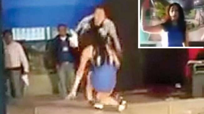 Video: Tacones la traicionan en certamen