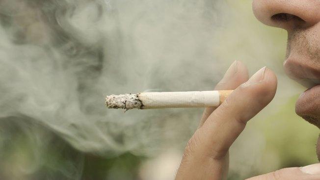 Tabacaleras se defienden de publicidad negativa